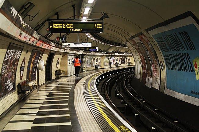 London_Underground_tube_trains
